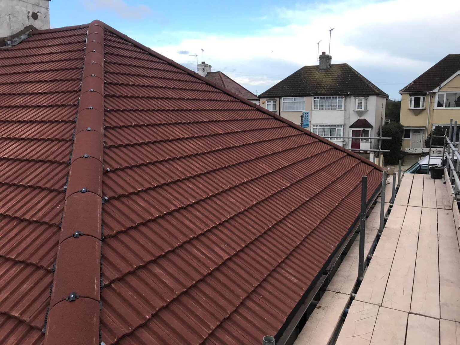 concrete-tiles-hanson-roofing-5